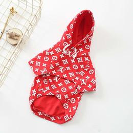 Argentina SUP marca de lujo ropa para mascotas Cute Teddy Puppy Schnauzer prendas de vestir de otoño invierno cálido Outwears pequeñas mascotas perro suéter rojo ropa supplier dogs warm clothes Suministro