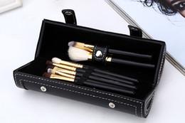 2019 brosses à mascara blanche New Brands M Barrel emballage pinceaux de maquillage kit MAKEUP marques 9pcs pinceau serti avec miroir vs sirène