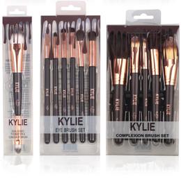 Wholesale Make Up Brushes Sets - Kylie Jenner Cosmetics Foundation Makeup Brushes Set Make Up Eyeshadow Palette Foudation Highlighter Tech Make Up Kit