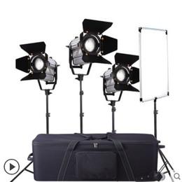 Control remoto inalámbrico regulable bicolor 3 unids LED150W Estudio LED punto de Fresnel luz + soporte de la luz + bolsa de transporte + reflector de la bandera CD50 desde fabricantes