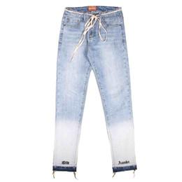 2019 японский стиль джинсов 2018 90-х годов высокое качество новый Япония мода хип-хоп Джастин Бибер страх Бога туман стиль кошка усы носить белый письмо Вышивка узкие джинсы