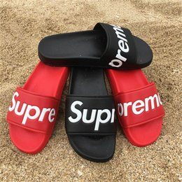 Lo nuevo R3Supreme Black Red Slippers Sandalias de Interior Moda Box Logo Scuffs Summer Casual Slides Alta Calidad Hip Hop Kawaii Sandalias de Interior desde fabricantes