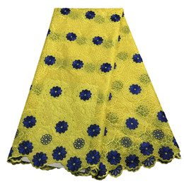 Argentina Amarillo bordado de alta calidad suizo gasa tela de encaje grande nigeriano tela de encaje vestido de novia para mujeres algodón africano de encaje tela KRL-3150 Suministro