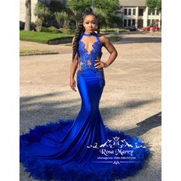 filles de plumes s'habillent formelle Promotion Bleu royal sirène plume robes de bal 2020 illusion dentelle Vintage Plus la taille filles noires 2K19 arabe longue longueur formelle robes de soirée