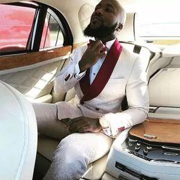Padrão de casaco de smoking on-line-Vestido de noite Custom Made Branco Borgonha Vermelho Teste Padrão Floral Homens Ternos Smoking Do Casamento Ternos Para Homem Blazer Noivo Jaqueta + Calça