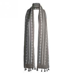 Argentina Primavera otoño Moda mujer Patrón de flor Suave algodón Bufanda larga Borla Bufanda del mantón Suministro