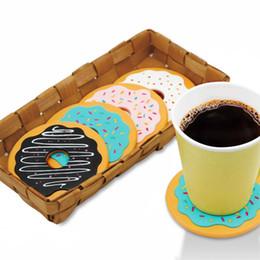 Estofamento de vinil on-line-4 Pçs / set Isolamento Térmico Rodada Donut Cup Mat Retro Biscoito De Vinil Bebidas Coasters Copo De Mesa Pad Decoração Coffee Drink Placemat