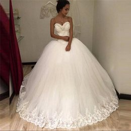 Wholesale Tull Ball - Lace Ball Gowns 2018 Wedding Dress Sweetheart Sexy Bridal Dresses Lace Appliques Tull TuTu Wedding Dresses