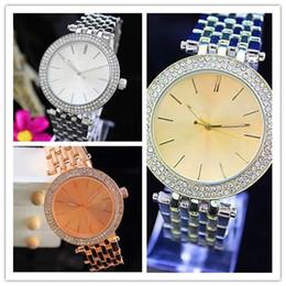 fern-portable alarm Rabatt Damen Luxus Genf Uhren Stahlband Quarz Römische Ziffern Analog Farbige Armbanduhren Für Frauen Casual Kristall Armbanduhr heiß