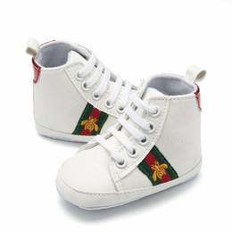 резиновая обувь Скидка 2018 мужская детская спортивная обувь 0-1 лет детская обувь с мягкой подошвой для малышей 6-12 месяцев девочки одиночные туфли