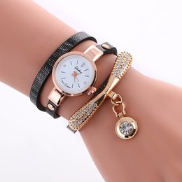 Wholesale vintage diamond watches - New women ladies bracelets watch leather quartz dress watches fashion chain diamond crystal wristwatch vintage watches for women