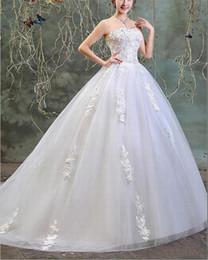 2019 robes drapées grande taille Robes de mariée robe de bal en dentelle blanche perlée col sans bretelles drapée en tulle, plus la taille Corset robes de mariée robes drapées grande taille pas cher