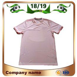 18 19   7 Camisetas de fútbol de ALEXIS Away Pink 2019 6 POGBA 9 LUKAKU  Camisetas de fútbol RASHFORD MATA MATIC Uniformes de fútbol personalizados  rosa ... 43d97643cb5b5