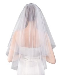 Wholesale Wedding Veils For Cheap - 2018 New Short Bridal Veils With Comb Soft Tulle White Ivory Veil For Wedding Bridal Accessories Cheap In Stock Free Shipping