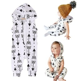 Wholesale newborn jumpsuits - Baby boy Romper INS Newborn arrow Print Jumpsuits 2018 Spring Autumn Boutique sleeveless & Long Sleeve Hooded kids Climbing clothes C4314
