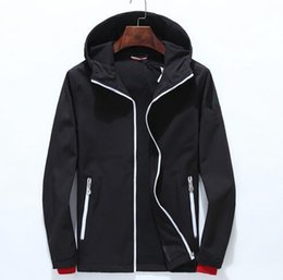 Wholesale long stylish trench coats - Top stylish famous popular Portable sports men's windbreaker hooded Gym joggering workout tracksuit men's trench coat Men's Outerwear Coats