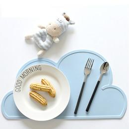 Wholesale Table Bar Mats - Free Shipping 47.8*27cm Waterproof Silicone Placemat Bar Mat Baby Kids Cloud Shaped Plate Mat Table Mat wen5775