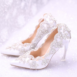 Wholesale Lace Wedding Shoes For Bride - 2018 Stylish Pearls Flat Wedding Shoes For Bride Prom 9CM High Heels Plus Size Pointed Toe Lace Bridal Shoes