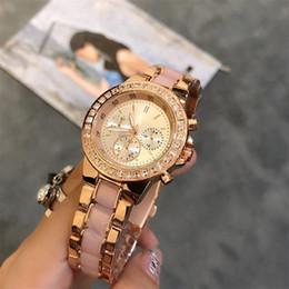 смотреть женщина стразы Скидка 2018 высокое качество площади Кристалл Rhinestone инкрустация часы циферблат женщина кварцевые часы мода нержавеющей стали женские кварцевые часы Оптовая