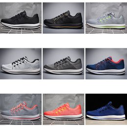 Wholesale cool skateboarding shoes - 2018 Top Quality ZOOM V 12 New Fashion Concept Cool 9 Colors Sportswear Unisex Outdoor Running Shoes With Original Box