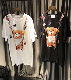 Projetos para tshirts on-line-Nova Marca de Alta Qualidade impresso Flor Urso mulheres T-shirt Streetwear Design Solto preto e branco feminino Tshirts moschionitied tops tee