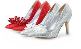 gafas brillantes Rebajas 2018 Nuevas mujeres atractivas de la manera visten los zapatos de tacón alto Cinderella Glass zapatillas de deslizamiento zapatos de boda de plata roja del partido 53