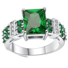 Grüner rubinring online-Frau Grün Rubin Ring Mode Weiß Gold Farbe Schmuck Hochzeit Ringe für Frauen Geburtstag Stein Geschenk