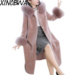 fuchspelzmanschetten Rabatt Frauen Winter High Street Mode Luxus Natürliche Echte Fuchspelz Manschette Schafschere Dicke Mäntel Damen Elegante 100% Wolle Bleads
