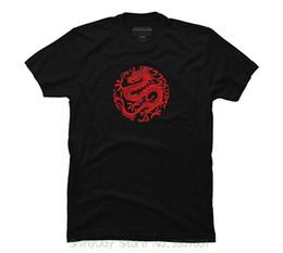 Camisa tradicional china roja online-Moda 100% camiseta de algodón camiseta roja tradicional china dragón circular gráfico de los hombres