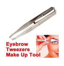 Wholesale Eyebrow Clipping - New arrival Stainless Steel Makeup Led Light Flash Eyelash Eyebrow Hair Removal Tweezer Clip free shipping