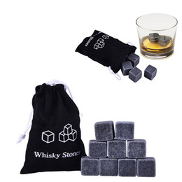 Piedras de Whisky Natural de alta calidad 9 unids / set Whisky Stones Cooler Whisky Rock piedra de Soapstone Ice Cube con bolsa de almacenamiento de terciopelo gran regalo desde fabricantes