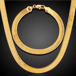 Argentina 18K chapado en oro versión coreana de la cadena de la lámina de clavícula popular pareja joyería conjunto de cadena de hueso de serpiente Suministro