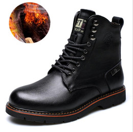 Wholesale Wide Heeled Boots - 2017 Men Cowhide Leisure Martin Boots Business Low Ankle Boots Solid Winter High Quality Work Leather Boots European American men's shoes