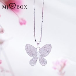 Wholesale Halloween Atmosphere - Temperament three-dimensional butterfly inlaid zircon necklace sweater chain simple atmosphere shine