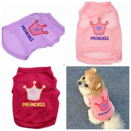 princesa do cão Desconto Princesa Coroa Cão Roupas de Verão Pequeno Cão Gato Colete Sem Mangas T-Shirts Filhote de Cachorro Vestuário Para Chihuahua Teddy YW882