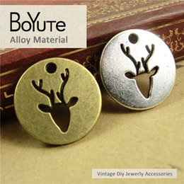Wholesale Deer Head Charms - BoYuTe (60 Pieces Lot) 18*20MM Vintage Diy Accessories Parts Antique Bronze Silver Deer Head Round Charms for Jewelry Making Diy Bracelets