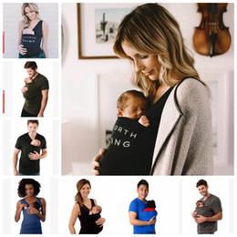 2019 westen träger Mutter-Vater-Känguru-Weste Neugeborenen-Träger Känguru-T-Shirt Kleinkind-Träger-Multifunktionskleidung WomenMen T-Shirt 7 Entwürfe LDH70 rabatt westen träger