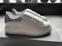 Noir Blanc Plateforme Classique Chaussures Décontractées Sports Casual Chaussures De Skateboard Homme Femmes Baskets Velours Talon Robe Chaussure Sports Tennis ? partir de fabricateur