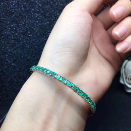 2019 dünne silberne armbänder armbänder natürliche grüne Smaragd Edelstein Armreifen natürliche grüne Edelstein Armband S925 Silber einfache runde dünne Frau Offparty Schmuck rabatt dünne silberne armbänder armbänder
