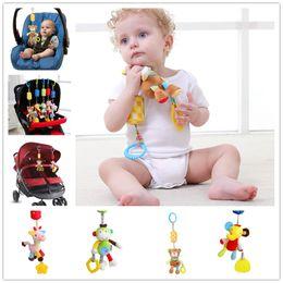 brinquedos para bebés Desconto Bebê Colorido bonito Do Bebê Brinquedos para 0-12 meses de Cama Pendurado brinquedo Animal Brinquedos Berço soundable windbell Bebê Sino Anel Chocalho Pingente Móvel KBH03