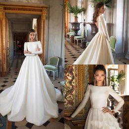 2019 Vintage A Line Abiti da sposa maniche lunghe Bateau Satin Backless Abiti da sposa Plus Size Abito da sposa avorio da