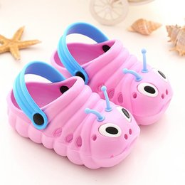 Wholesale plastic caterpillars - Caterpillar children slippers and non-slip Baotou baby shoes with hole shoes Clogs 4 colors free shipping