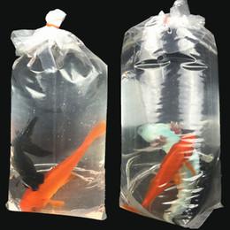 100 adet / grup Akvaryum Ulaşım Balık Çanta Kare Alt 4 Köşeleri Stand Up Sızdırmaz Taşımak Taşımak Plastik Çanta 20 * 45 cm cheap bagging stand nereden torbalama standı tedarikçiler