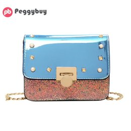 638cb54a4 2019 remache bolso portátil Sequin Rivet Chain Messenger Bag Mujeres  Fashion Patchwork Diseñador Hombro Bolso PU