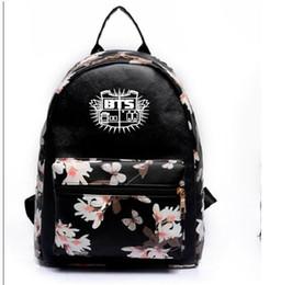 2019 mochila de estrellas coreanas k-pop bts Bangtan Boys versión coreana bolso de lona personal Estrellas El mismo párrafo estudiante mochila bolso de escuela para hombres mujeres mochila de estrellas coreanas baratos