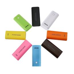 Cubierta de la caja del banco de la energía del cargador USB de la batería externa 5600mAh 18650 desde fabricantes