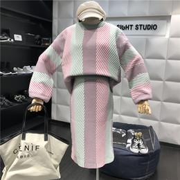 Amolapha mujeres rayas de punto sueltos suéteres faldas trajes de manga  larga mujer tejer jersey Jumper Tops falda conjuntos a70e0c6aa664