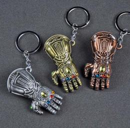 bijoux de guerre Promotion 10 pcs / lot New Movie Avengers 3 Infinity War Thanos gant Gauntlet Keychain Anime Porte-clés Pour Fans Souvenir Porte-clés Bijoux