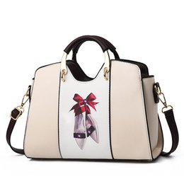 bfb4db4b59cd 2018 Fashion Designer Handbags Womens Large Capacity Totes Bags Clutch  Famous Brand Name Handbag 10 colors Cheap Price handbags designer brands  price ...