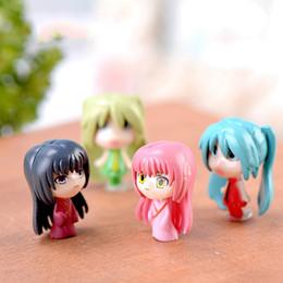 2019 micro meninas vestidos Anime dos desenhos animados menina vestir boneca de brinquedo em miniatura de fadas acessório do jardim musgo terrário micro paisagem decoração diy material zakka micro meninas vestidos barato